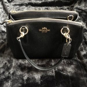 👛 Excellent Condition Coach Black Double Zip Bag